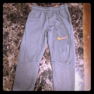 Gray jogger sweat pants NIKE